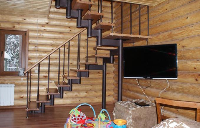 Модульная лестница с раздвижным модулем