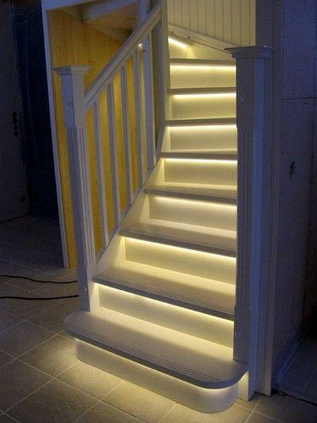 светодиодная_подсветка_лестницы